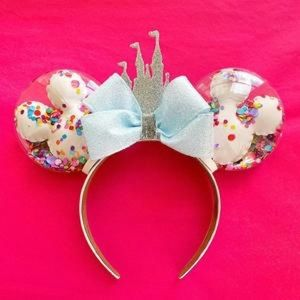 Disney Cinderella Castle balloon Confetti ears